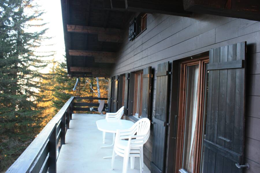 switzerland chalet rental deck