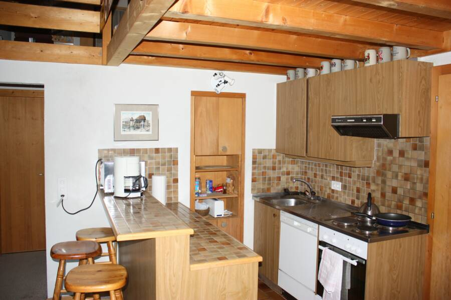 chalet rental full kitchen
